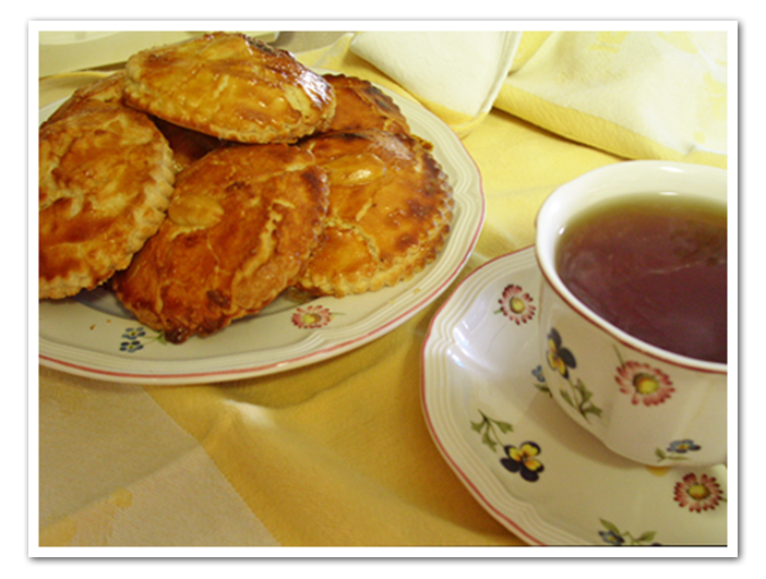 Gevulde Koeken (Almond Paste Cookie,Dutch)
