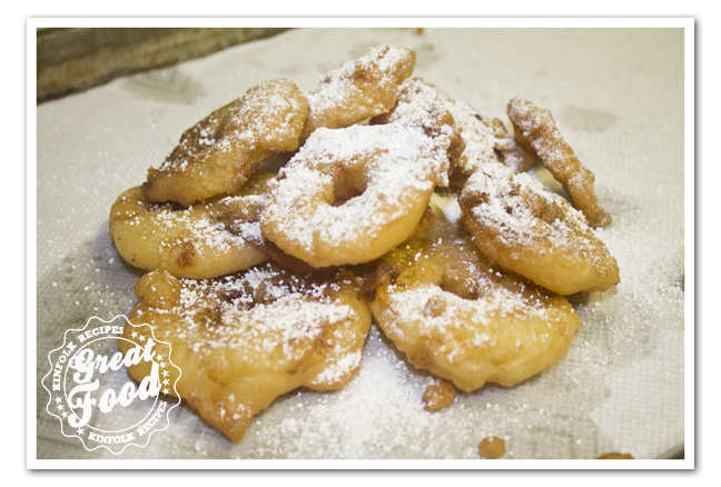 Appelflappen (Apple Beignets)